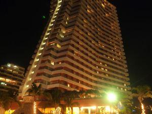 크라운 플라자 호텔 아카풀코 (Crowne Plaza Acapulco)