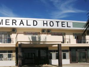 Emerald Hotel & Restaurant