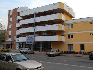 호텔 유로폴리스 (Hotel Europolis)