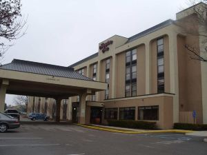 Baymont Inn & Suites Indianapolis-East