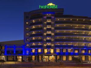 HighCrest Hotel