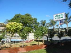 Aromet Motor Inn