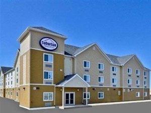 퀄리티 인 앤 스위트 톰슨 톰슨 (Quality Inn & Suites Thompson)