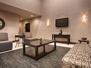 베스트웨스턴 헌츠빌 인 앤 스위트 (BEST WESTERN Huntsville Inn & Suites)