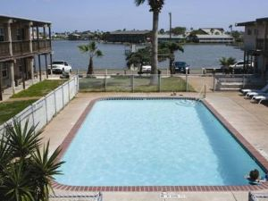 Surfside Inn Suites