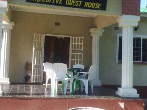 Nzipile Executive Guest House