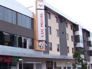Luz Hotel Pato Branco