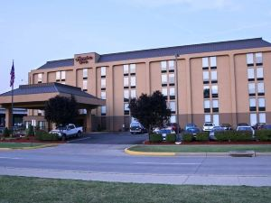 Hampton Inn Charleston Downtown. WV