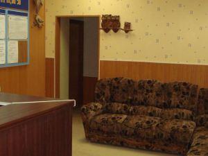 Severnoye Siyaniye Budget Hotel