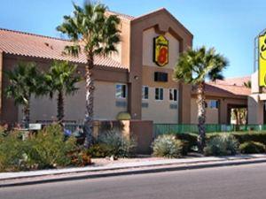 슈퍼 8 마라나 투산 지역 호텔 (Super 8 Tucson Marana)