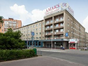 AMAKS Central Hotel