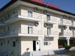 Elanthi Hostel