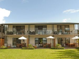 Beachfront Resort Whitianga