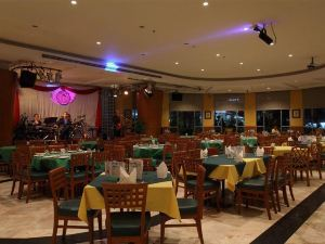 Diamond Plaza Hotel Suratthani