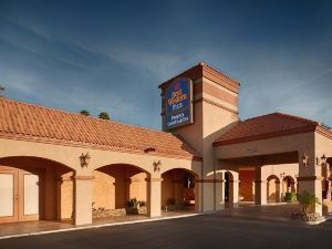 Best Western Plus Goodyear Inn