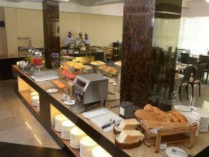 토 윈 가든 호텔 (Taw Win Garden Hotel Yangon)