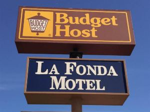 Budget Host LaFonda Motel Liberal