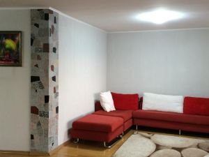 Apartment On Krylova 66