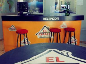 El Chalet Hostel House