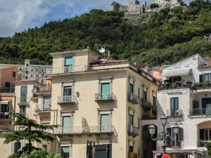 Residenza Russo Luxury Home Salerno