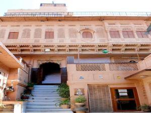 Singhvi's Haveli Hotel