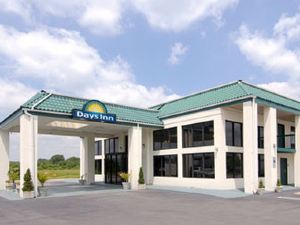 Days Inn - Clinton, NC