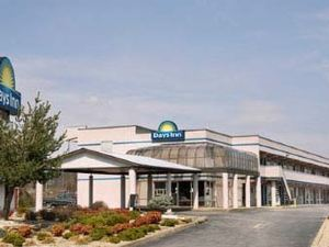 Days Inn - Greeneville