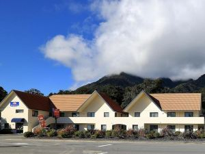 Bella Vista Fox Glacier Motel