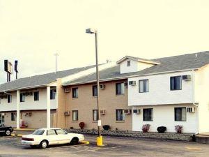 럭셔리 인 앤드 스위트(Luxury Inn & Suites Lincoln)