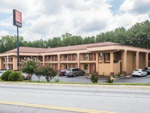 이코노 로지 포리스트파크(Econo Lodge Forest Park Atlanta Airport)
