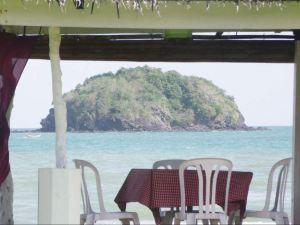 바이아 노르테 비치 클럽 (Baia Norte Beach Club)