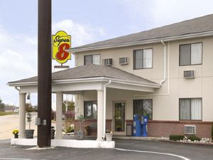 Super 8 Poplar Bluff Missouri