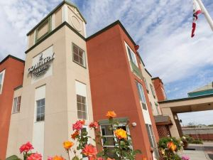 Country Inn & Suites San Carlos