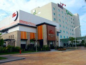 홀리데이 인 아카풀코 라 이슬라(Holiday Inn ACAPULCO LA ISLA)