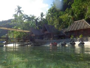 Sangat Island Dive Resort