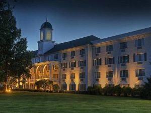 매디슨 호텔(The Madison Hotel)