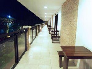 마르존 호텔 칼리보 (Kalibo Hotel)