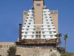 라마다 프라자 안탈리아 호텔 (Ramada Plaza Antalya Hotel)