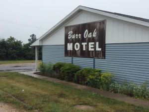 Burr Oak Motel