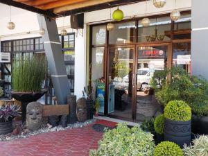 Lawaan Garden Inn