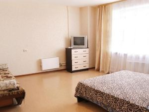 Apartment Truda 55