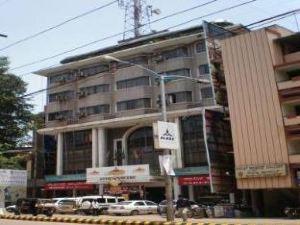 호텔 망갈로 인터내셔널 (Hotel Mangalore International)