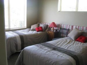 Cricklewood House Bed & Breakfast