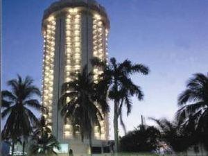 호텔 칼린다 비치 (Hotel Calinda Beach)