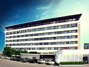 콘 캔 호텔 (Khon Kaen Hotel)