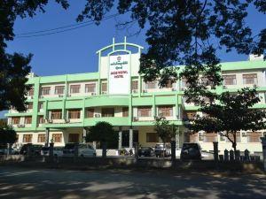 제이드 로열 호텔 (Jade Royal Hotel)