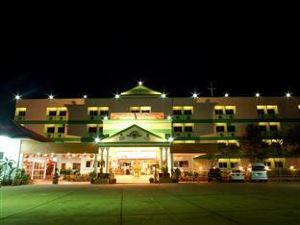 Sakol Grand Palace Hotel