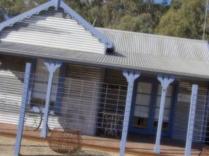 The Saltbush Motor Inn
