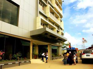 마리나 맘베라모 호텔 (Marina Mamberamo Hotel Sorong)