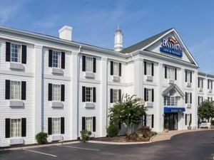 Baymont Inn and Suites Columbia Maury